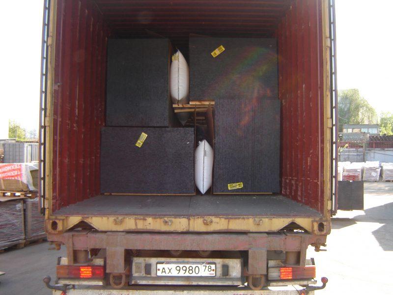 затарка пиломата в контейнер